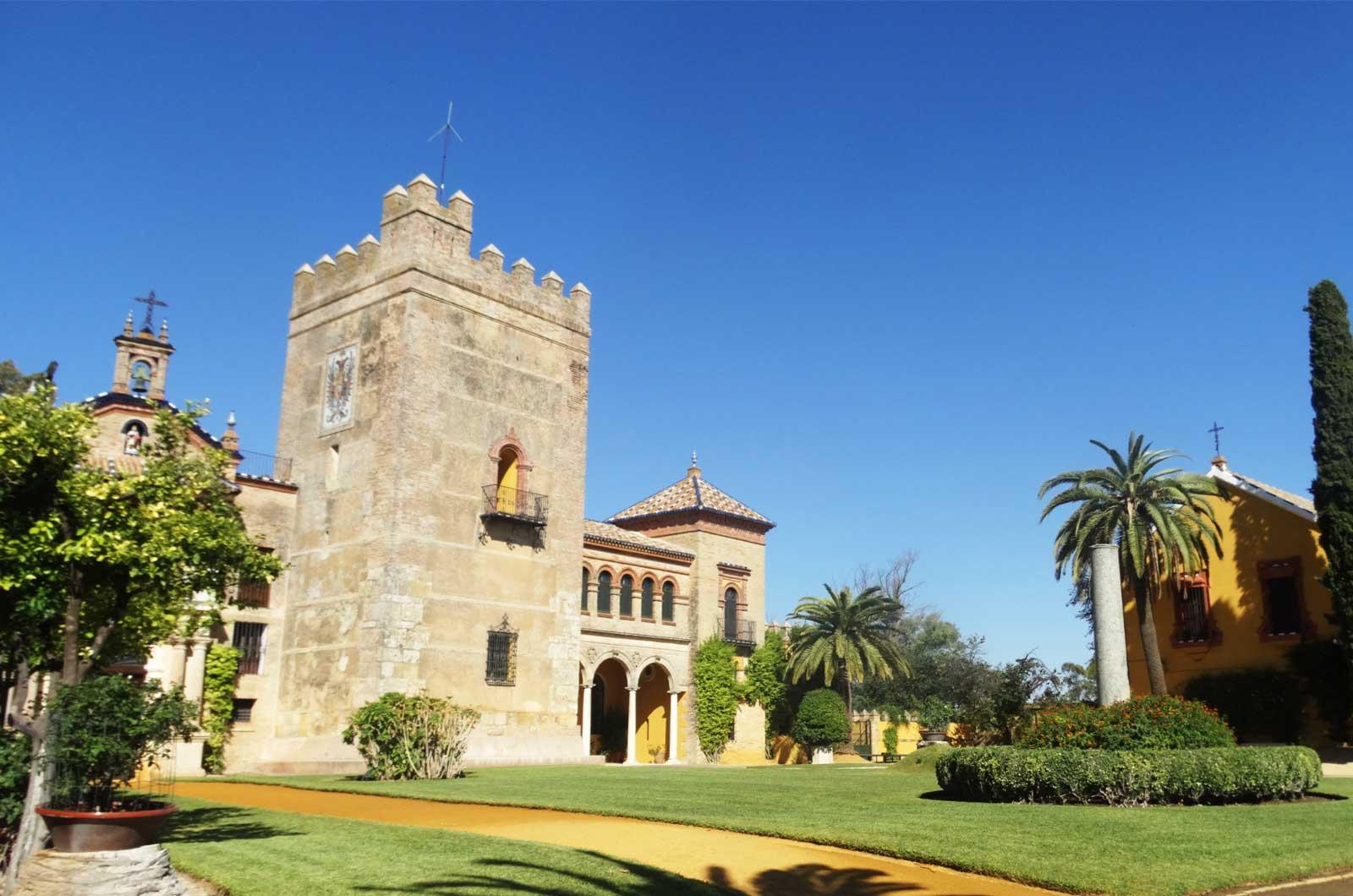 Castillo de la Monclova - exteriores<div style='clear:both;width:100%;height:0px;'></div><span class='cat'>Castillo de la Monclova</span><div style='clear:both;width:100%;height:0px;'></div><span class='desc'>Castillo de la Monclova - exteriores</span>
