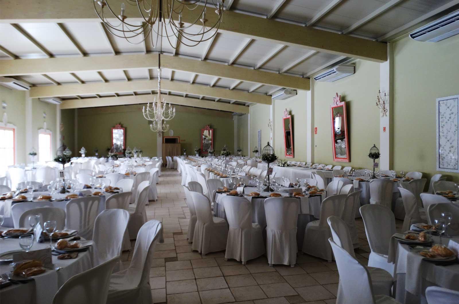Hacienda La Boticaria - salón<div style='clear:both;width:100%;height:0px;'></div><span class='cat'>Hacienda La Boticaria</span><div style='clear:both;width:100%;height:0px;'></div><span class='desc'>Hacienda La Boticaria - salón</span>